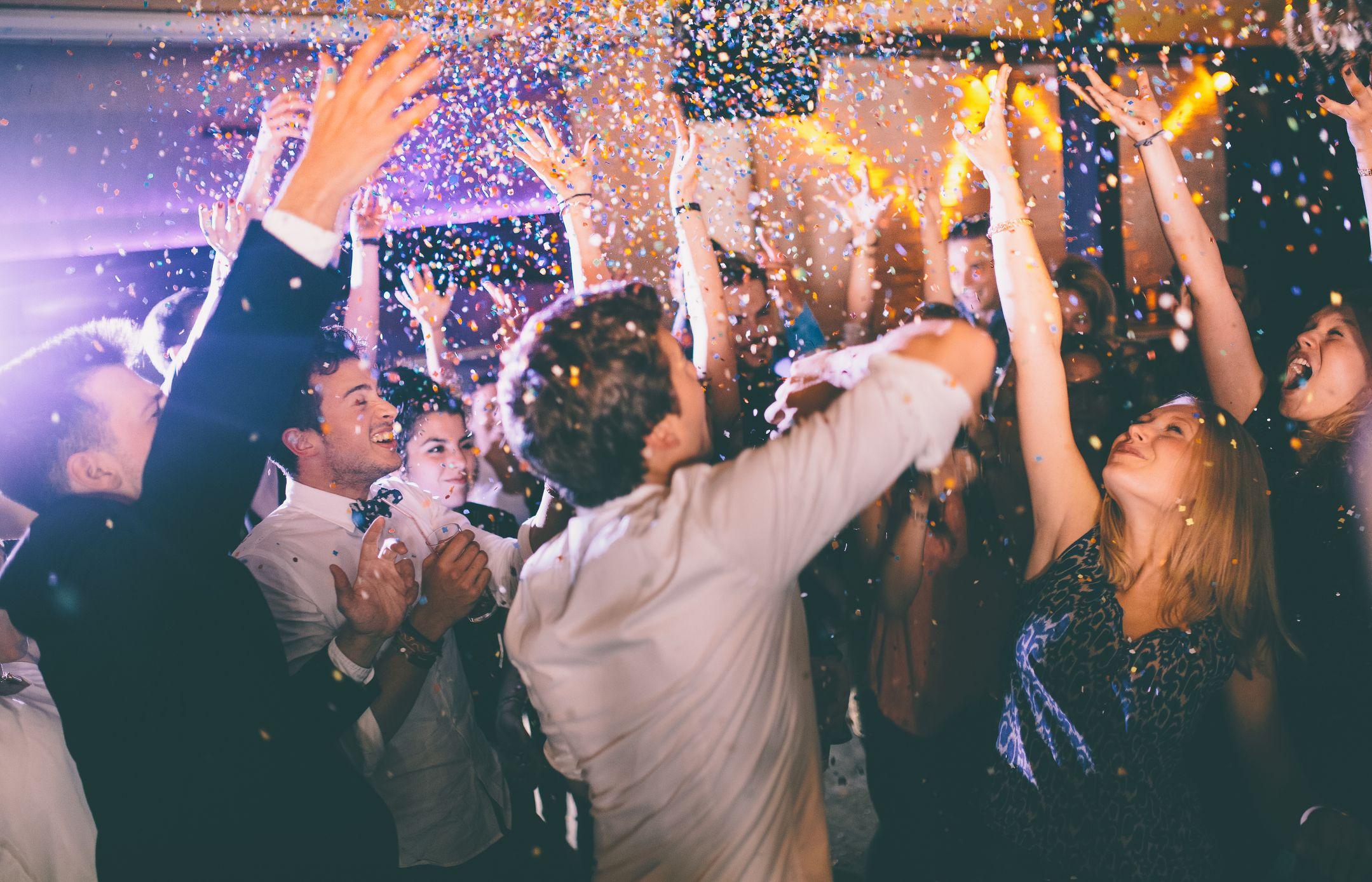 Stone Wedding - Confetti